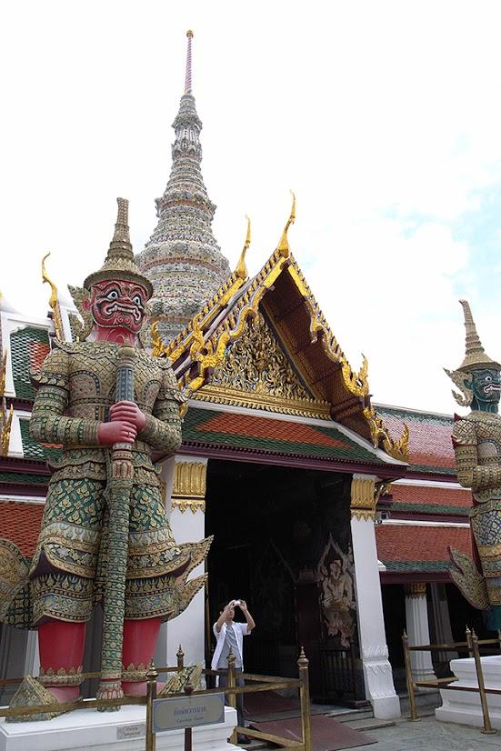 2007091902 - Temple of the Emerald Buddha (Wat Phra Kaew)