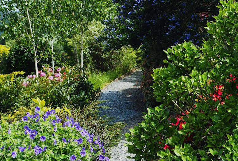 Garden raises charity cash