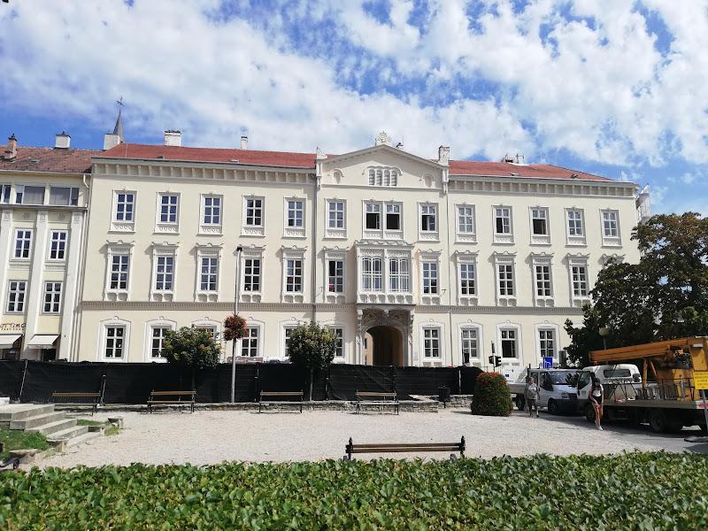 Horváth-házi épület