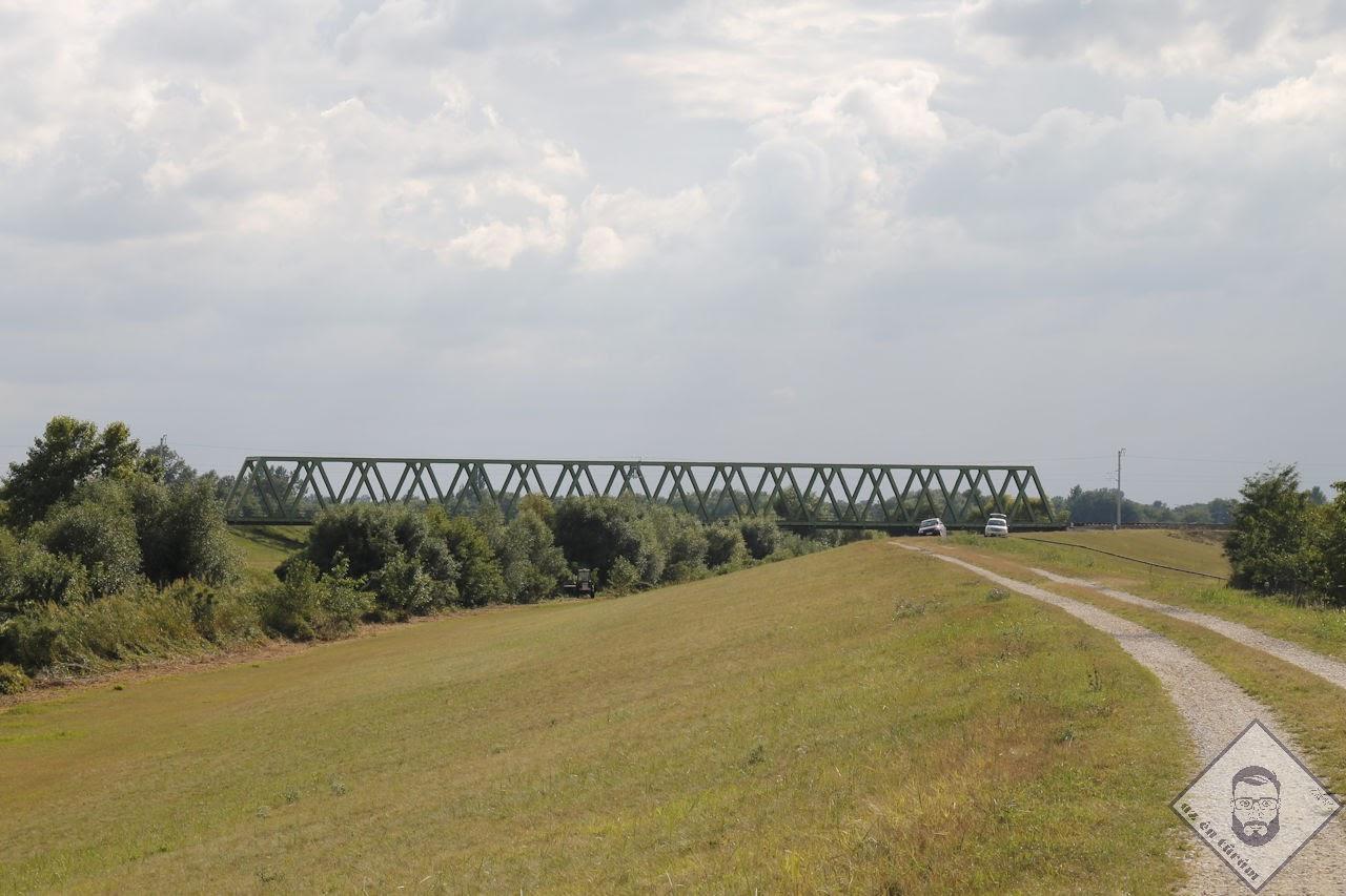 KÉP / Vasúti híd Berettyóújfalu határában