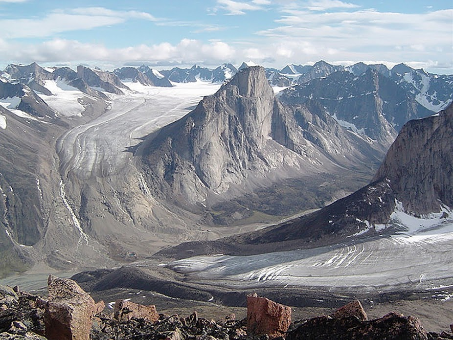 Monte Thor, a maior queda vertical da Terra