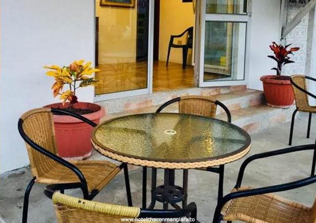 Hotel Chacon Manglaralto en Manglaralto Montañita Servicios Santa Elena Ecuador
