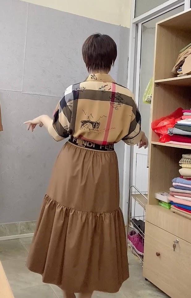 áo sơ mi nữ công sở phối đồ chân váy xòe midi thời trang thủy 3