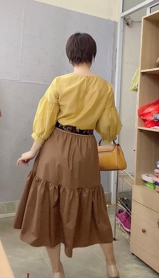 áo sơ mi nữ công sở phối đồ chân váy xòe midi thời trang thủy 4