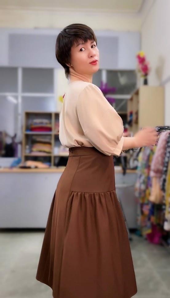 Ưu điểm xếp nhún hông chân váy xòe midi thời trang thủy hải phòng 2