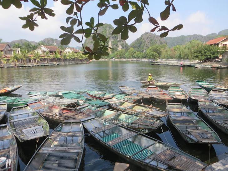 Bài số 22. Ninh Bình - Tam Cốc - Hoa Lư - Tràng An