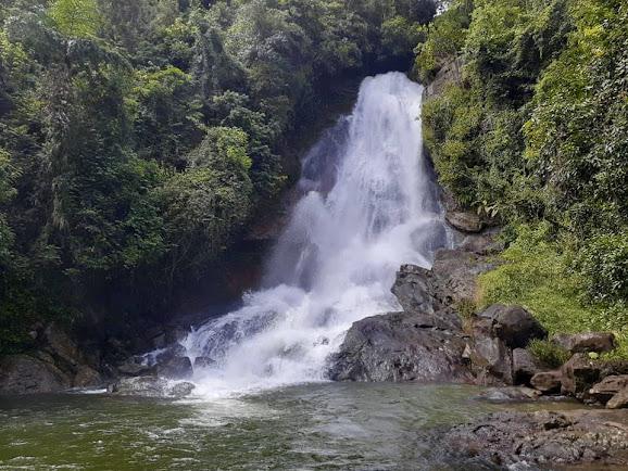Beruwatta Ella Falls