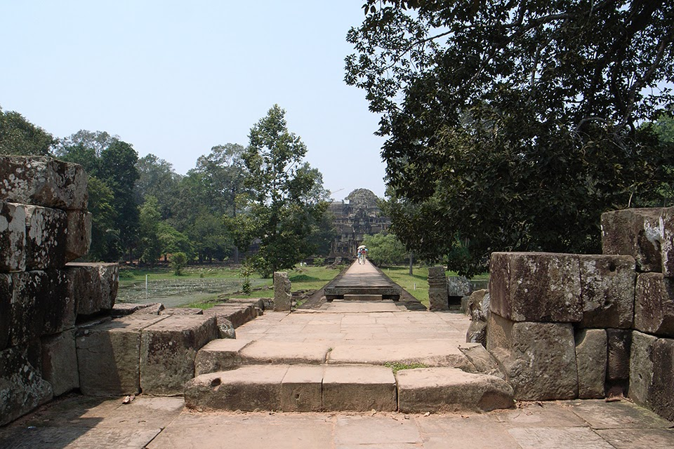 2007092208 - Angkor Thom(Baphuon)