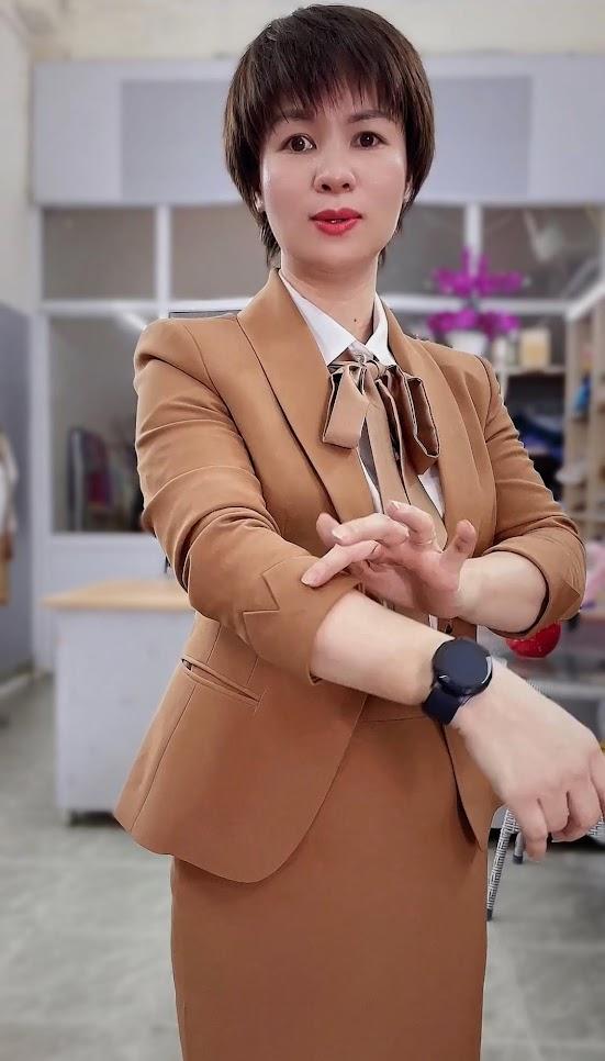 áo vest nữ đồng phục công sở bên bảo hiểm thời trang thủy đà nẵng