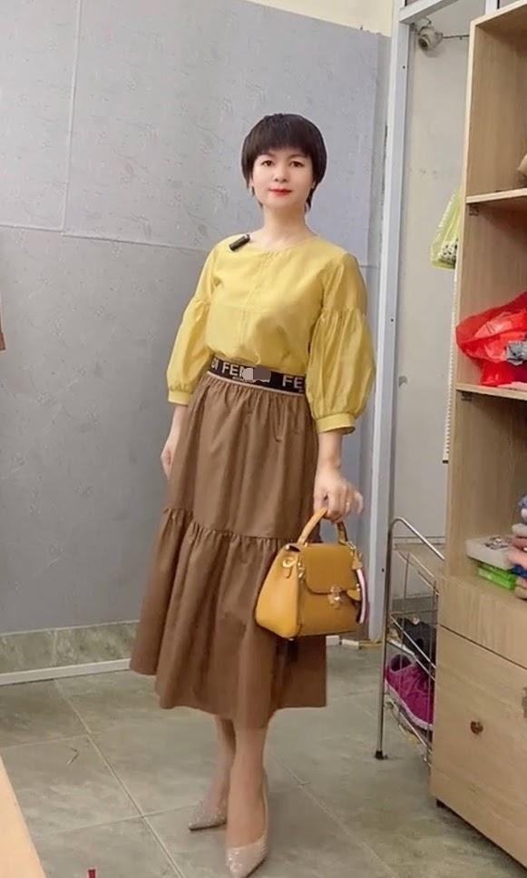 áo sơ mi nữ công sở phối đồ chân váy xòe midi thời trang thủy đà nẵng
