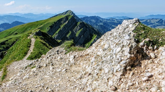 Bergrücken vom Rindalphorn zum Gelchenwangerhorn Hochgrat.