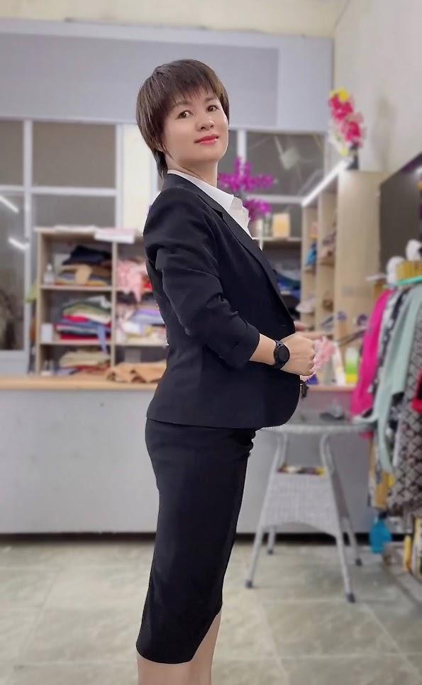 áo vest nữ 1 lớp chân váy bút chì công sở mặc đẹp thời trang thủy kiến an