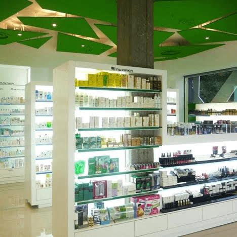 thiết kế cửa hàng thuốc