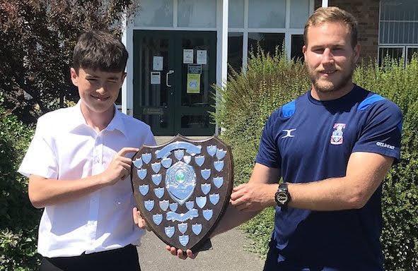 Harry picks up 'Woosie' Trophy
