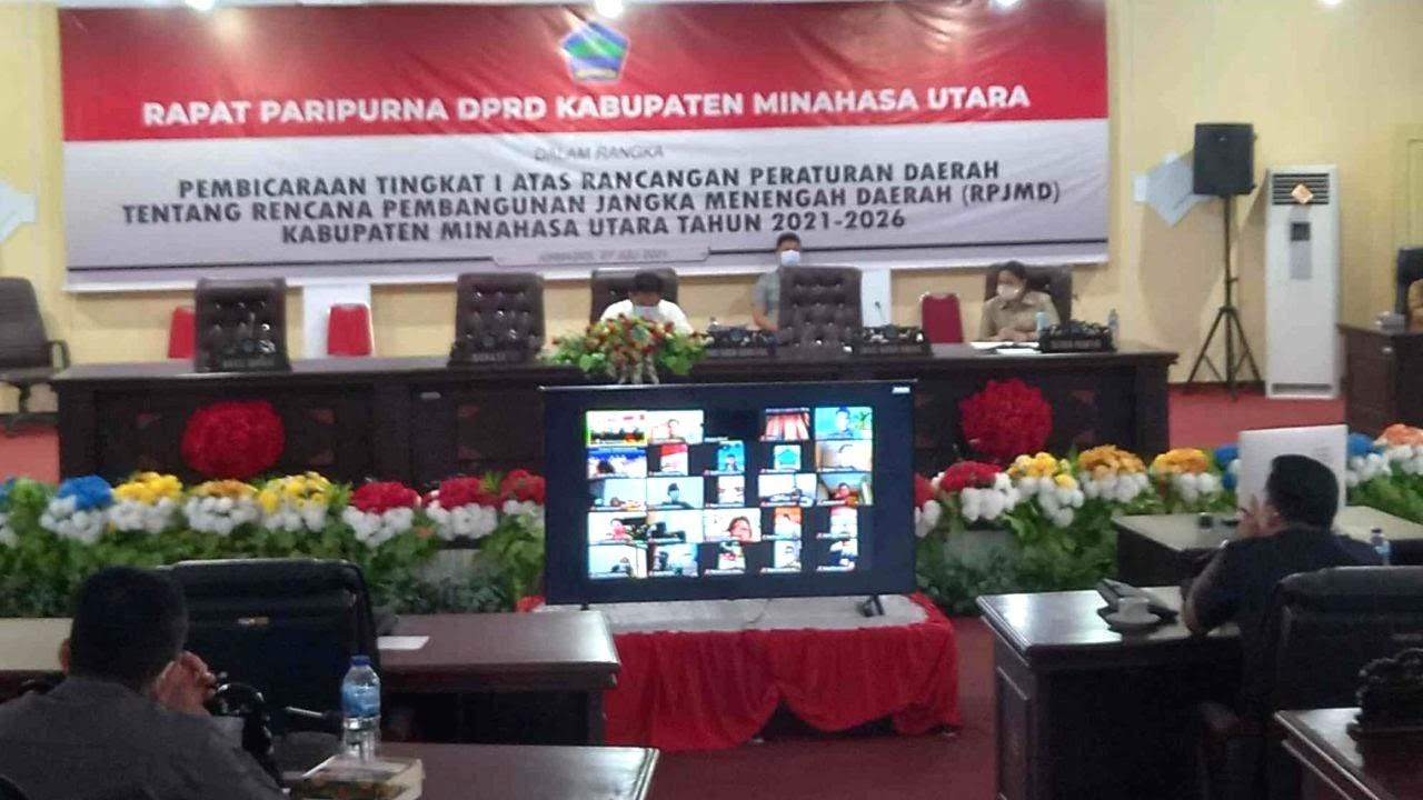 Rapat paripurna DPRD Minut RPJMD Tahun 2021-2026 melalui Zoom Meeting