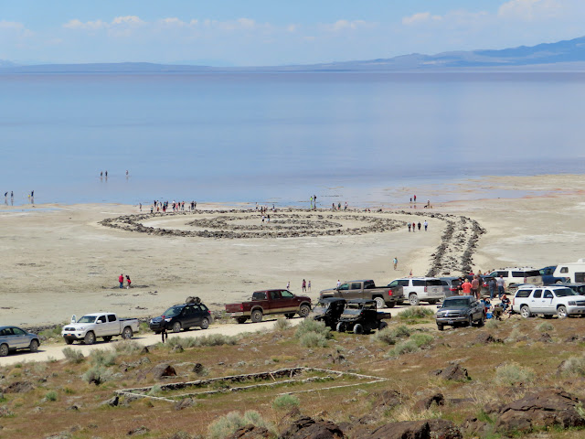 Zoo at Spiral Jetty