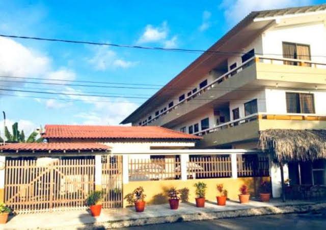 Edificio de Hotel Chacon Manglaralto