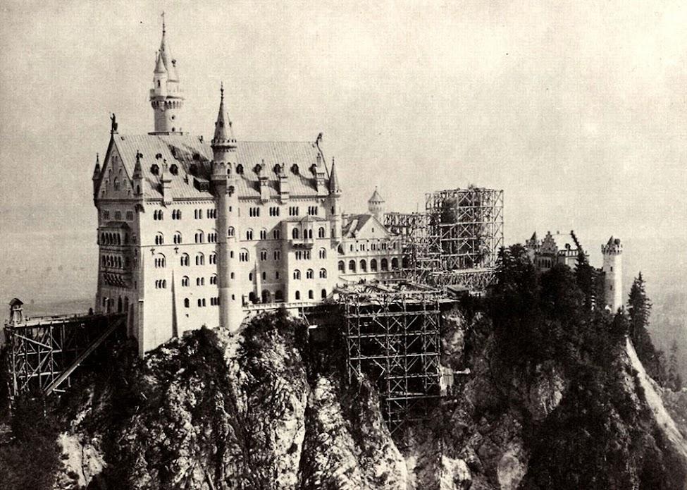 O rei louco e seu castelo de contos de fadas: Neuschwanstein