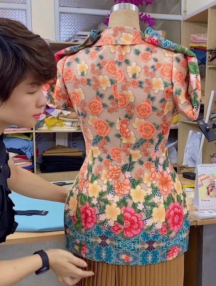 áo vest nữ dự tiệc hoa thêu in 3D thời trang thủy đà nẵng