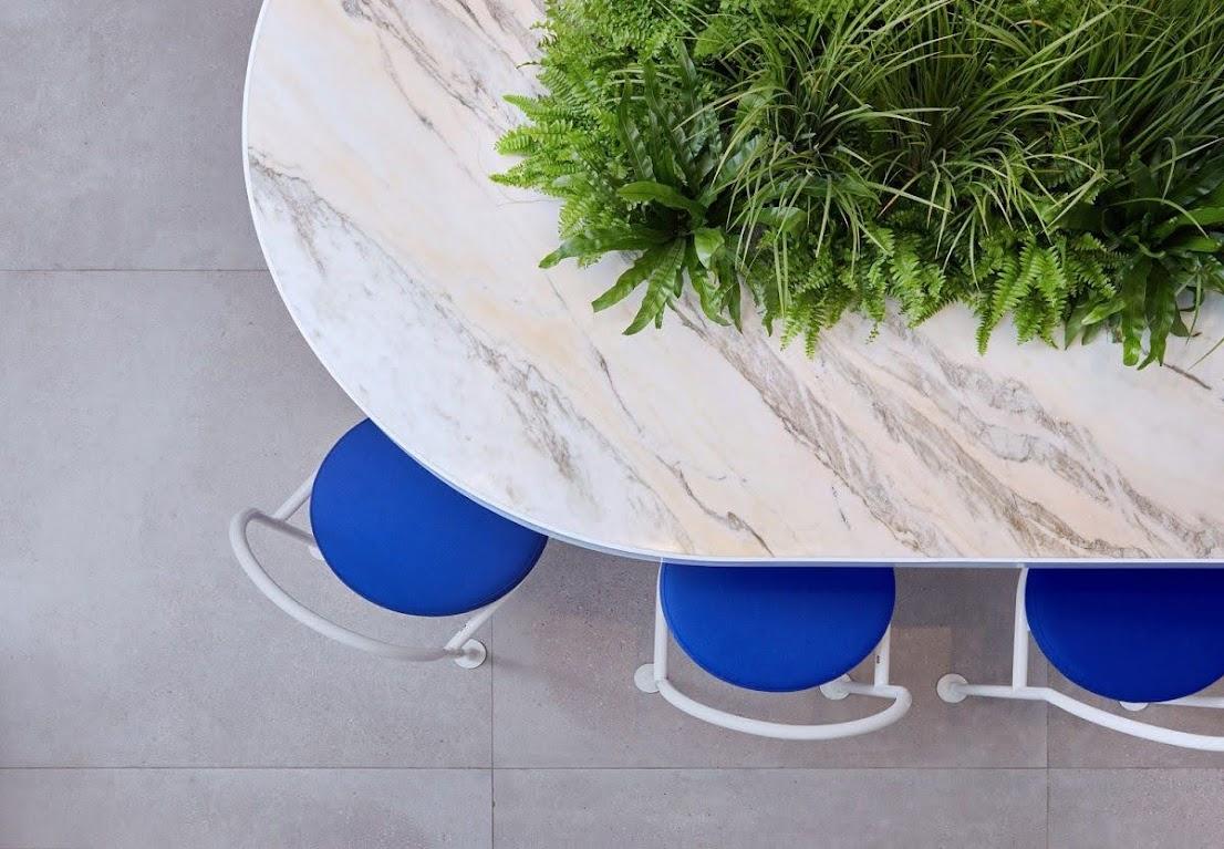 bàn quán ăn