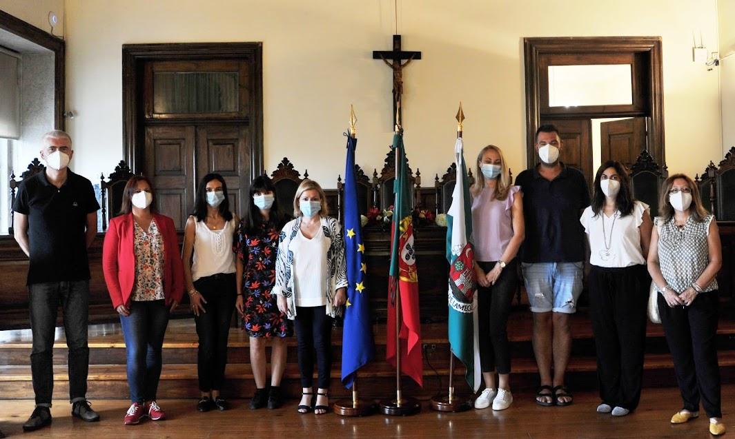 Docentes de Projeto Erasmus + KA229 recebidos no Salão Nobre dos Paços do Concelho