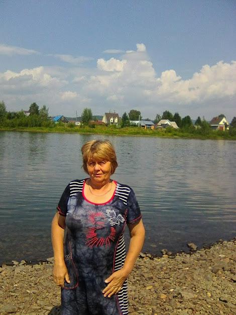Щербакова Антонина Михайловна, п. Майзас, река Томь