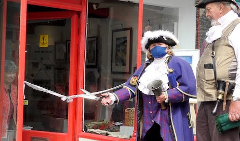 Town Crier is back in fine voice!