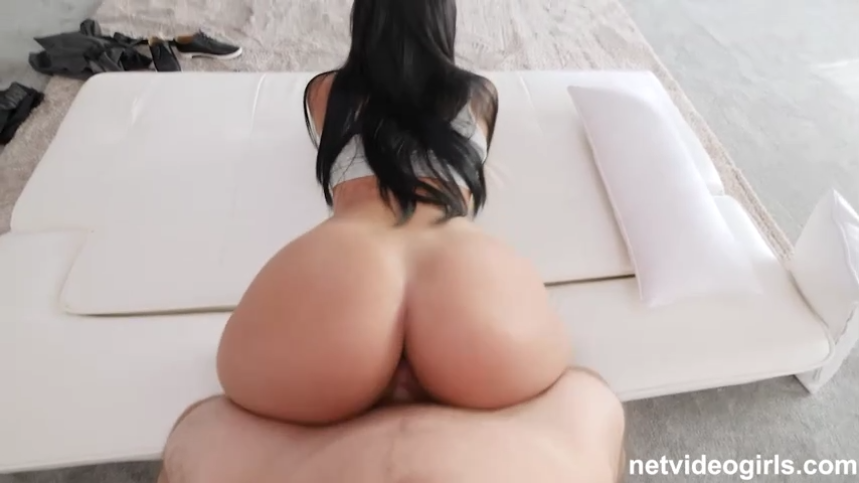curvy brunette