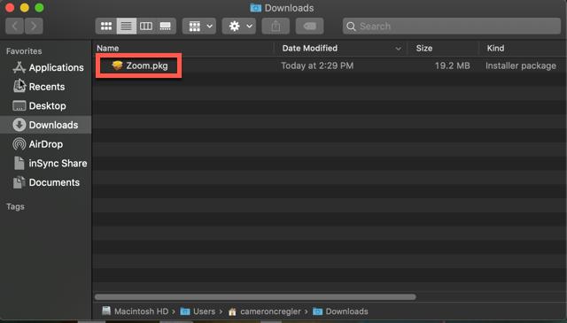 Bấm đúp vào file đã tải xuống. Nó thường được lưu vào thư mục Download(tải xuống).