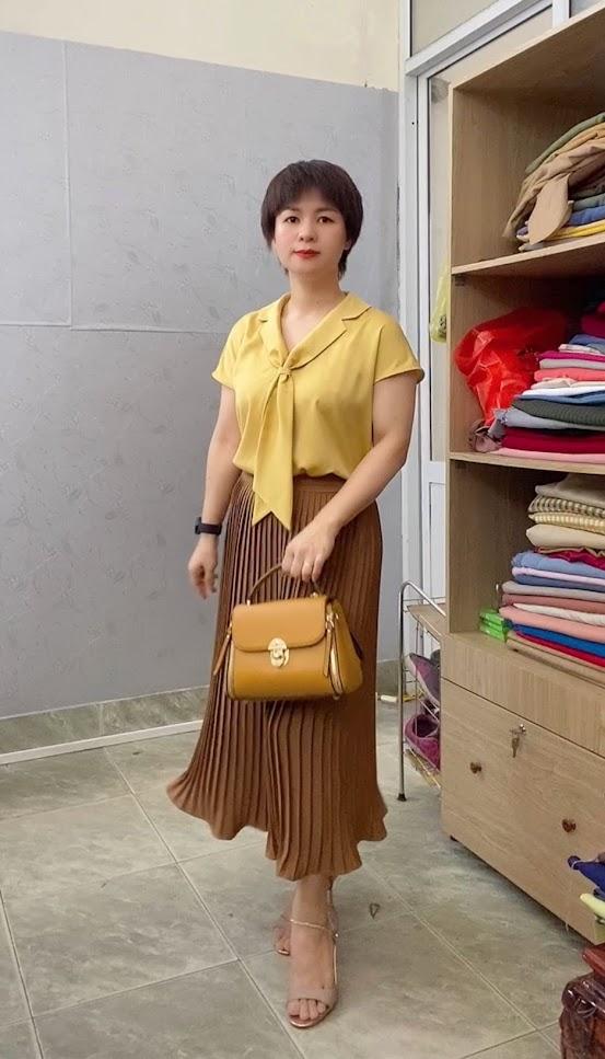 Áo sơ mi nữ cổ nơ và chân váy xòe midi xếp ly V765 thời trang thủy đà nẵng