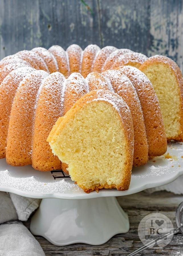 Bundt Cake de limón Starbucks
