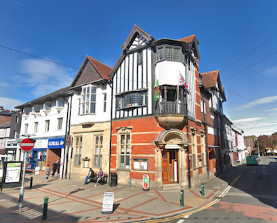 Town council to hold hybrid meetings