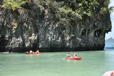 Hong Island Kayaking Tour with Mr. Baw by Longtail Boat