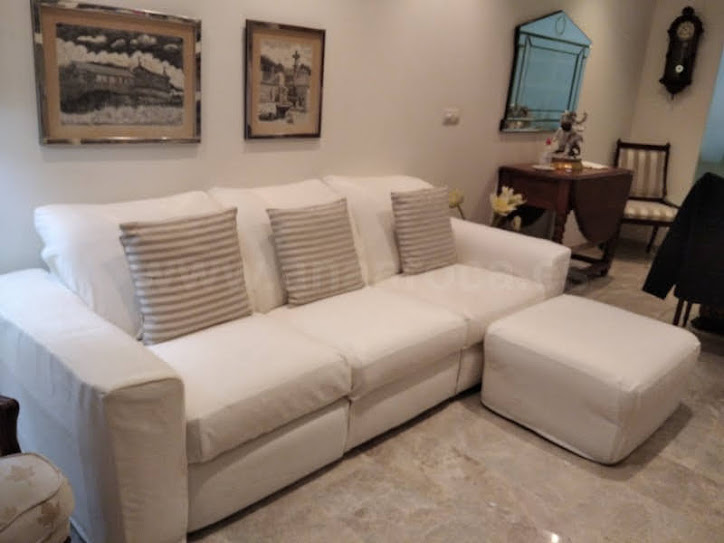 Funda a medida para sofá con puf