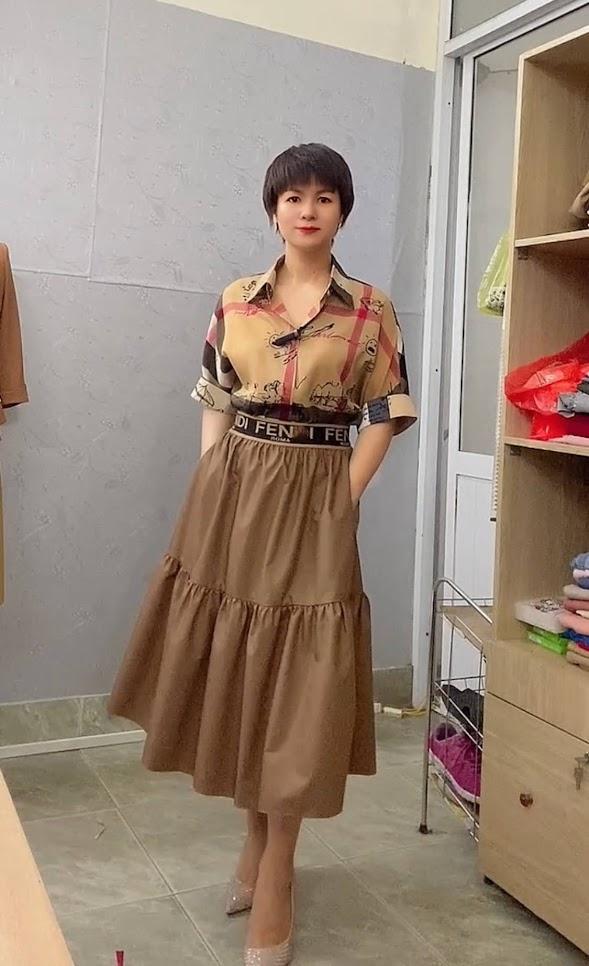áo sơ mi nữ công sở phối đồ chân váy xòe midi thời trang thủy thái bình