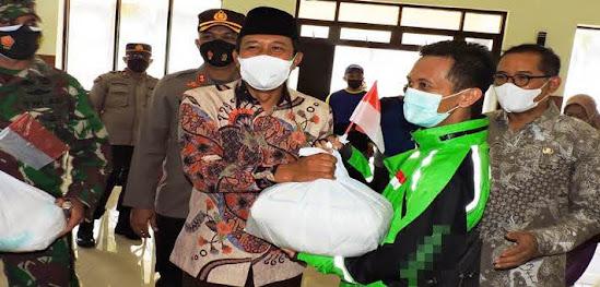 Bansos bagi Pelaku Ekonomo di Ngawi Kota