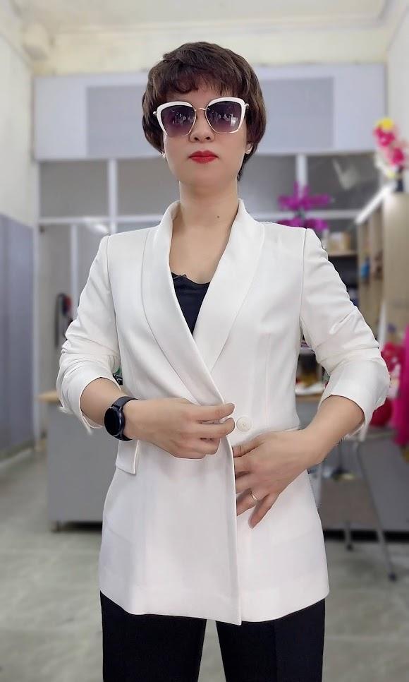 áo vest nữ cổ sam dáng dài suông eo mặc đẹp thời trang thủy hà nội