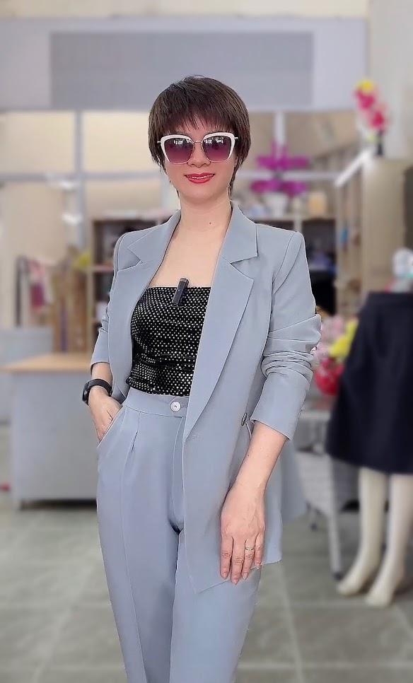 áo vest nữ dáng dài phối đồ quần baggy công sở thời trang thủy sài gòn