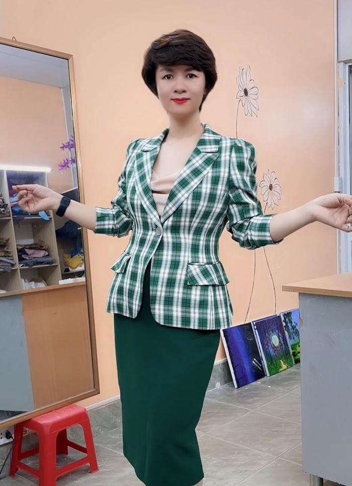 áo vest nữ công sở phồng hông dáng ngắn thời trang thủy hải phòng năm 2021