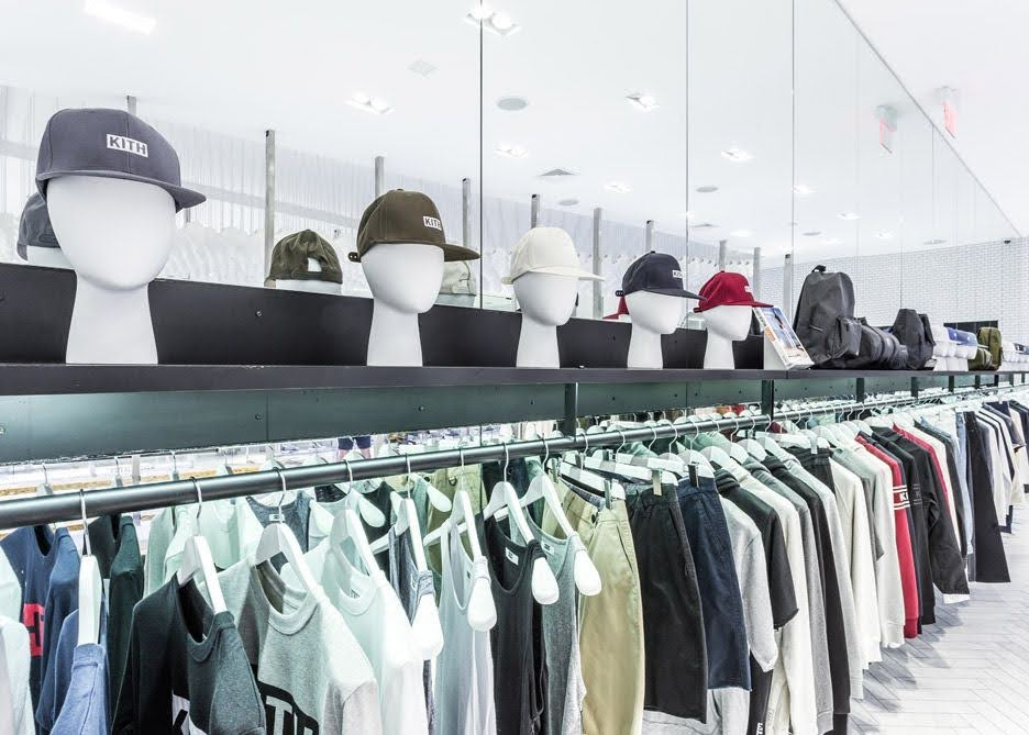 giá kệ thời trang