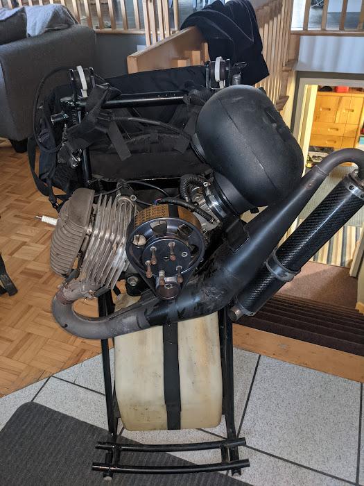 AM-JKLXudk5yX2B21-5qi8arELNegRkK940lgyFQ