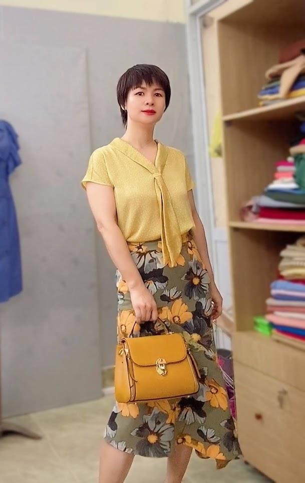 áo sơ mi nữ cổ nơ chấm bi chân váy xòe đuôi cá V767 thời trang thủy đà nẵng