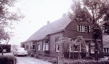 Photo: Bakkerij Jan Rozenveld te Eexterzandvoort. In 1933 werd deze woning gebouwd.