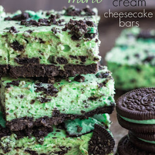 Mint Cookies and Cream Cheesecake Bars