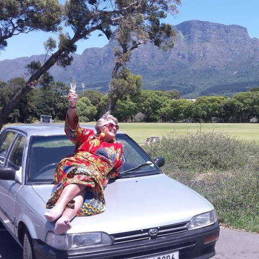 Octogenarian Julia Albu, who travelled across Africa in an old Toyota Conquest, dies at home