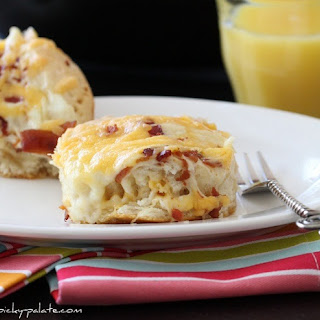 """Easy"" Cheesy Bacon Biscuit Pull-Aparts."