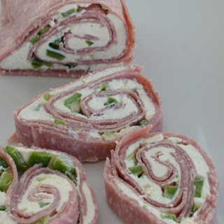 Jalapeño, Salami & Cream Cheese Roll-up