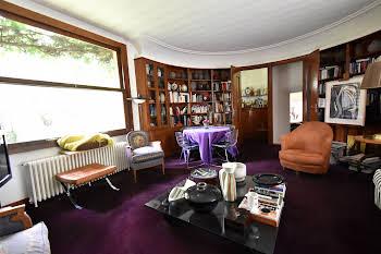 Maison 10 pièces 344 m2