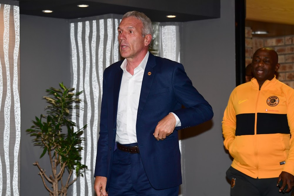 Ernst Middendorp clears up confusion over Itumeleng Khune's fitness