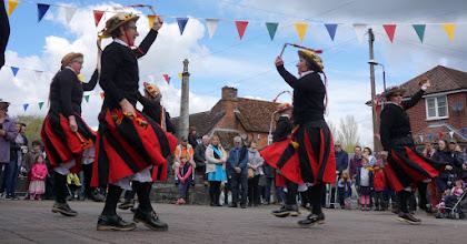 Photo: 'RANTING'     http://www.folknortheast.com/learn/social-dance/dance-technique